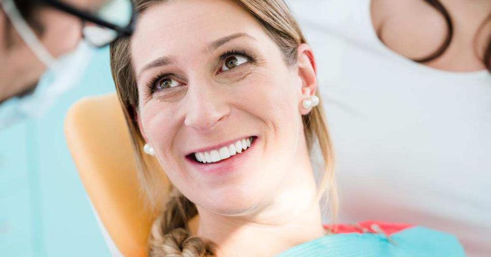 El embarazo afecta a los dientes