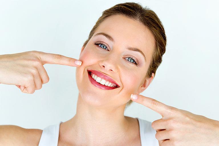 Covallina. El retenedor de ortodoncia evita el retroceso de los dientes